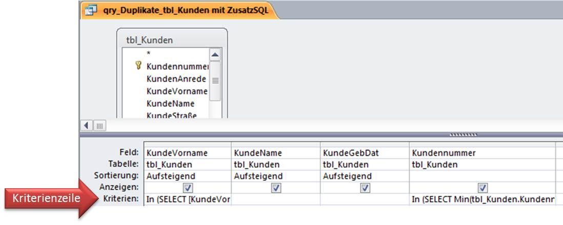 Entwurfsansicht mit zusätzlichem SQL-Code